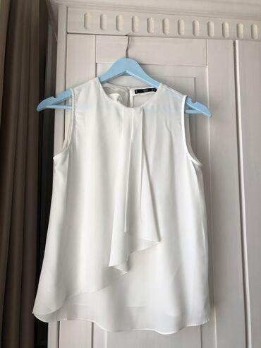 Блузка от Mango