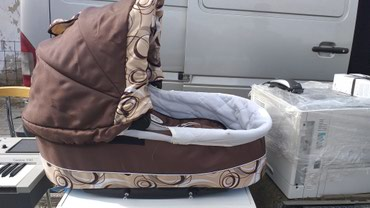 Nosiljka za bebe i ujedno deo za kolica - Presevo