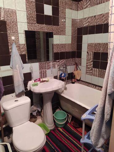 Продажа квартир - Бишкек: 104 серия, 3 комнаты, 56 кв. м