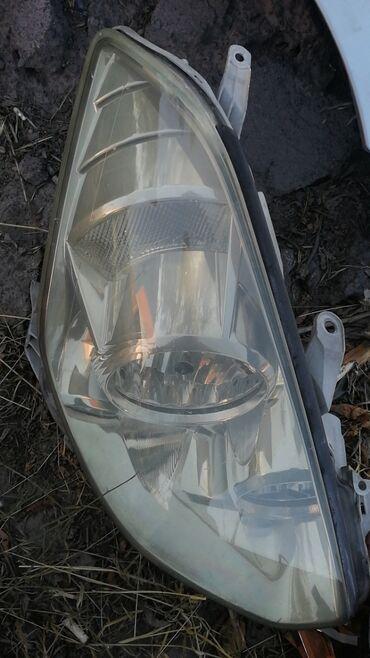 Автозапчасти - Шопоков: Калдина фара 2003 год правая сторона, все целое, нет трещины все ушки