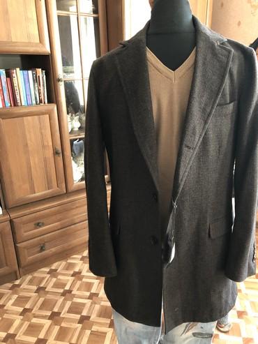 Мужские пальто в Кыргызстан: Пальто мужское Италия 100% шерсть