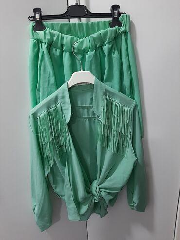Prelep komplet suknja plus kosulja sa resama koja se vezuje! Jednom