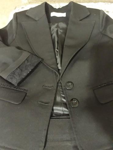 Пиджак школьный - Кыргызстан: Пиджак для девочки школьный,черный, рукава 3/4,рост 134.состояние