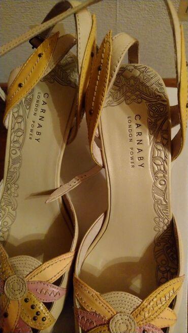 Туфли, фирмы Карнаби, высота каблука 8,5 см, В отличном состоянии