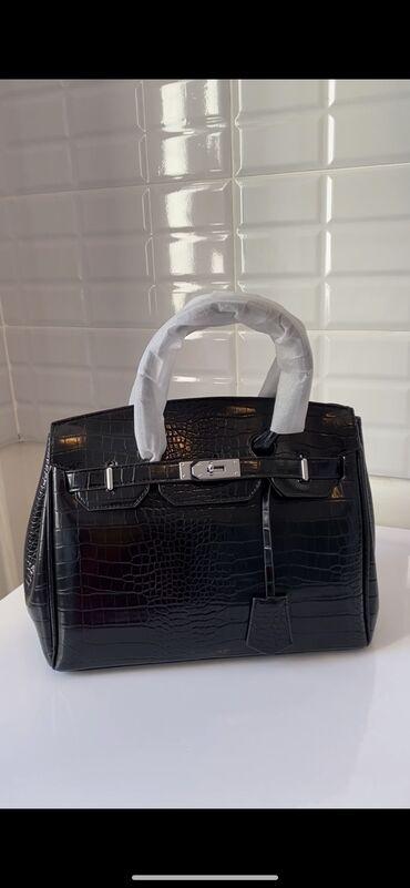 Продаю сумки в чёрном и сером цвете