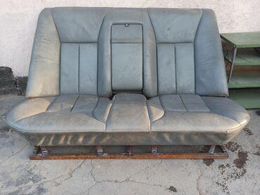 Кресло кожа. Теперь диван для тапчанов на или водворе Мерседес лупарик