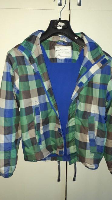 Udobna jaknica OKAY velicina 152 , u odlicnom stanju , bez ostecenja, - Kraljevo