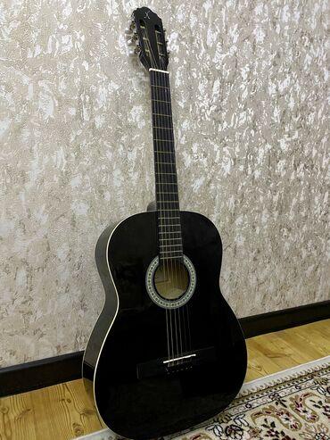 Флипчарты 14 x 36 см настенные - Кыргызстан: Продаю срочно гитару sonic x ! Совершенно новая, с чехлом. Возможен