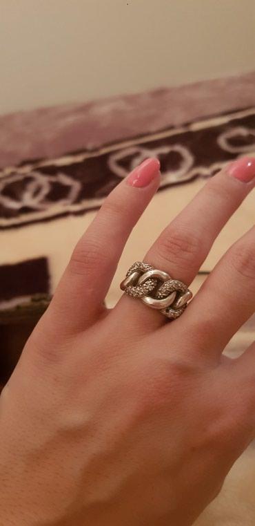 Srebrni prsten jedan cirkon ispao ali moze se srediti - Kraljevo