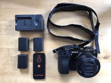 Sony Alpha a6000 24.3MP Digital Camera - Black with 16-50mm Lens + 3 в Ош