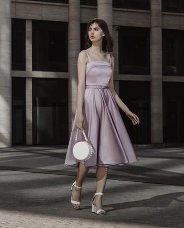 Продаю платье из лилового атласа, бренд Lichi  в Бишкек