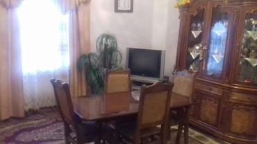 Bakı şəhərində Kupcha senediyle Bineqedi qesebesinde tecili ev satilir.