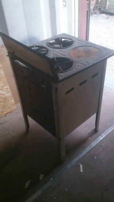 Продаю газ плиту цена 500 с. Три комфорки, духовка.. в Бишкек