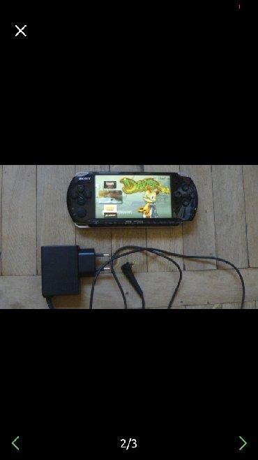 PSP (Sony PlayStation Portable) Azərbaycanda: Psp 3003, ela veziyyetdedir. Ciziqsiz, adapter ve 16gb yaddaş kartı