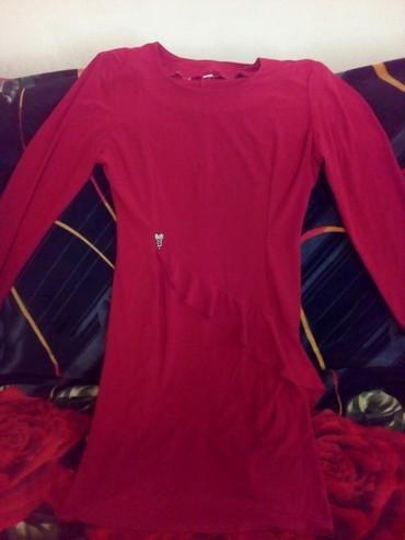 длинное красное платье с разрезом в Кыргызстан: Платье красное можно повседневное размер 48 кара-балта 599 с
