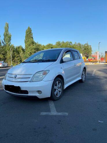 Toyota ist 1.3 л. 2002 | 123456 км