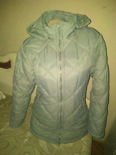 Ženske jakne | Srbija: Siva zimska jakna, l velicina, bez oštećenja. Jedino rajsveslus na