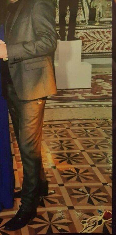Bakı şəhərində Kostyum alınıb 350 azn 1defe toya giyilib
