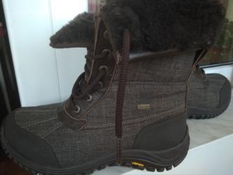 Продам зимние ботинки UGG очень хорошего качества, привезены с США