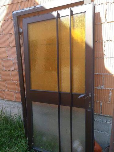 Pvc vrata - Srbija: Dimenzije: 200/95cm. Veoma masivna, stanje je vidljivo na slikama