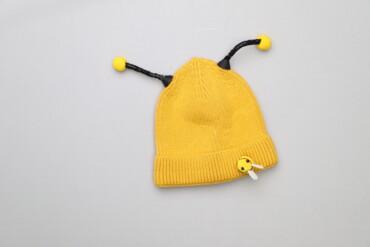 """Дитяча шапочка """"Бджілка""""    Колір: жовтий Довжина: 15 см Напівобхват г"""