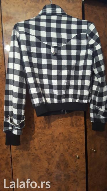Karirana kosuljica - Srbija: Ocuvana, prelepa karirana jaknica, pose xxl, ali je kao br.40. Malo