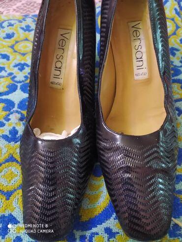 Женские туфли 38 размер производство Италия