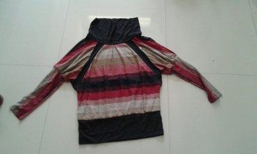Majica crveno crno bez sve velicine novo jako lepo stoji - Backa Palanka