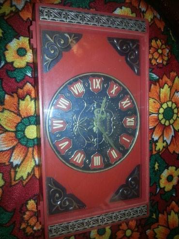 Срарый часы Молния механика цена договорная в Джалал-Абад