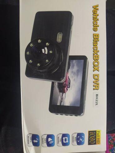 авто видео регистратор в Кыргызстан: Продаю регистратор на авто с камерой заднего вида. Новый в коробке