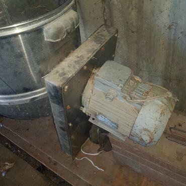 дробилка для сена в Кыргызстан: Продаю дробилка для яблок, электро мотор 3 квт, Ак-суйский район с.Орл
