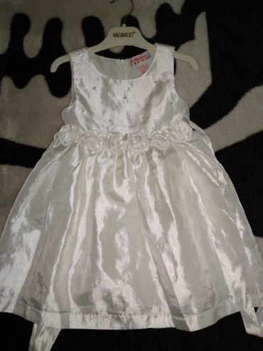 Продам б/у платье с розочками на в Бишкек