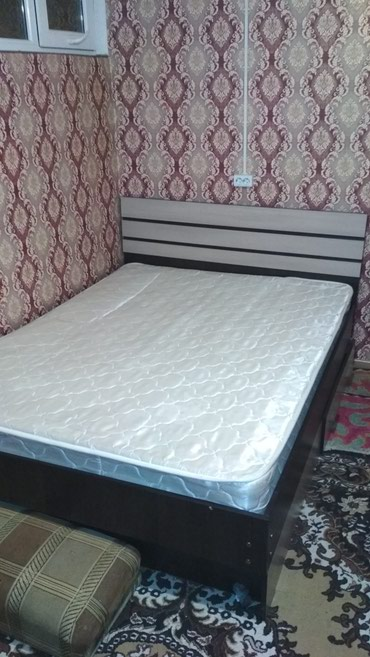 Продаю двух спальную кровать с матрасом, в хорошем состоянии. в Бишкек