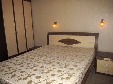 Гарнитур спальный: кровать двуспальная, 2-е прикроватные тумбы, шкаф,  в Бишкек