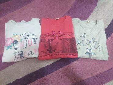 Dečija odeća i obuća - Stara Pazova: Set 3 majce na duge rukave. Nisu debele. Bez ikakvih oštećenja. Bela i