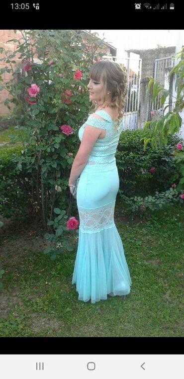Haljine | Leskovac: Prelepa dugacka haljina, nosena samo jedanput, kupljena u Beču