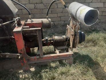 101 elan | NƏQLIYYAT: Su vuran nasos 250lik durbayla su vurur sahə sulamaq üçündür boş boş