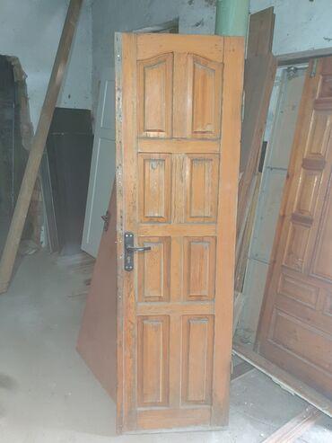 Двери деревянные, хор состояние, размеры: 60х200 см и 80х200 см