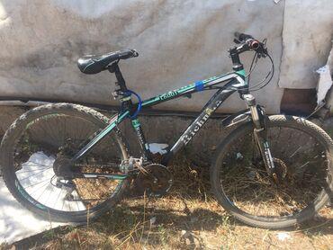 Спорт и хобби - Заречное: Продаю скарасной велосипед идинствинный минус нету подножника и задний