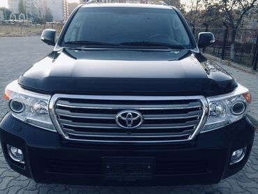 Toyota Land Cruiser 4.6 л. 2014 | 83000 км