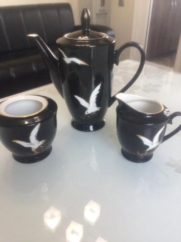 Кофейный набор: чайник, сахарница, молочница за 400с