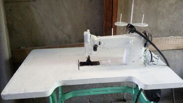 швейная машинка для кожи в Кыргызстан: Швейная электрическая машинка ПрямострочкаШьёт кожу.Специальный