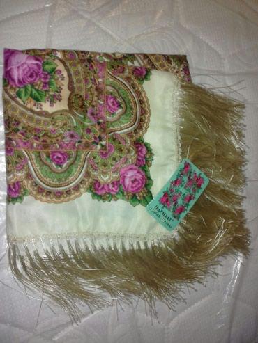 Продаются новые большие платки и шарфы. в Бишкек