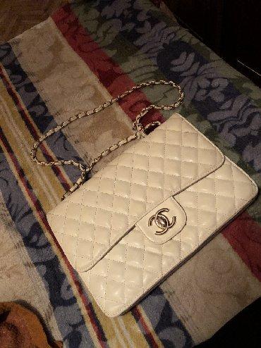 сумка-в-новом в Кыргызстан: Продаю сумку Шанель. В новом состоянии, не пользовалась почти
