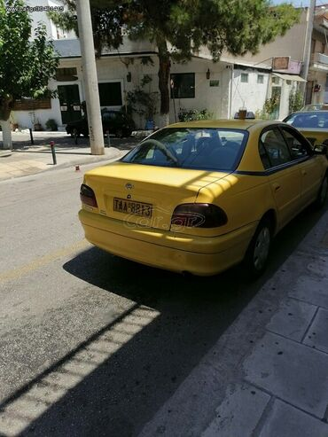 Toyota Avensis 2 l. 2001 | 1000000 km