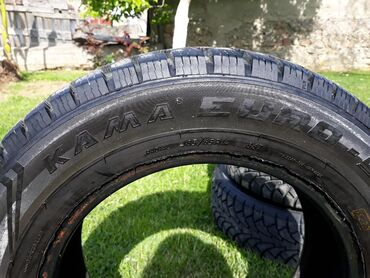 Vozila - Sabac: Ruska zimska guma Kama 4 komada,185/65 r14,sara 7mm,gume nisu nigde