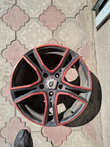 проставки на диски в Кыргызстан: Продается комплект дисков Zumbo f118 r17 подходят на БМВ 3-ки, если