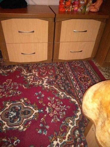 Продаю двухспальный кровать и две тумбочки в Бишкек