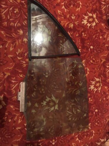 подстаканник w210 в Кыргызстан: Продаю стекла от Мерседес w210 рестайлинг (элеганс) за все