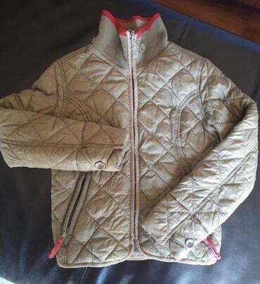 OVS 8-9Štepana jakna maslinasta sa bordo Dva depa na zip,jedan